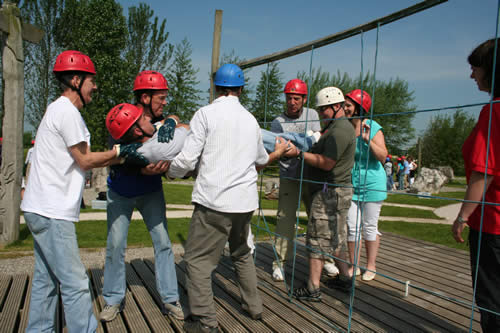 How Could Outdoor Team Building Activities Help Your Business?